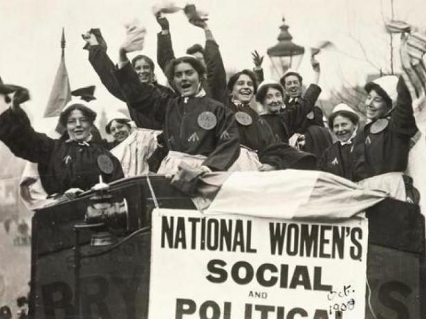 Чому жіноче свято саме 8 березня та яка взагалі його історія