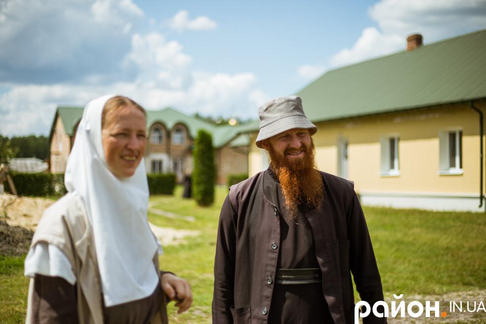 Ігуменя Софія та ієромонах Ілля